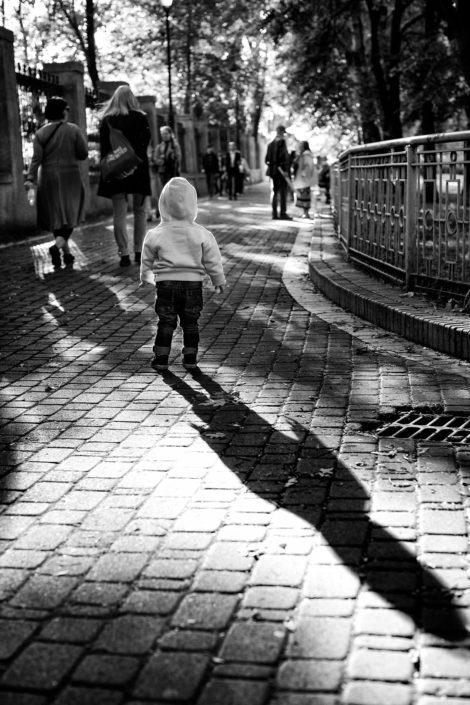Ukraine, Kiev, Kid, Street, Shadows